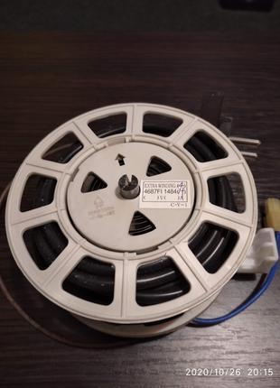 Катушка кабеля со шнуром питания и вилкой для пылесоса LG