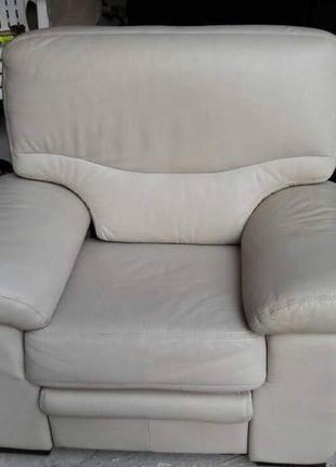 Кресло реклайнер из натуральной кожи электрический