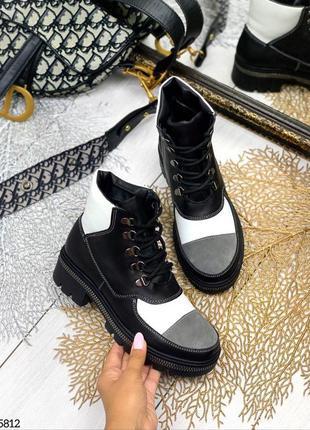 Разноцветные кожаные замшевые ботинки на шнурках. зима/осень. ...