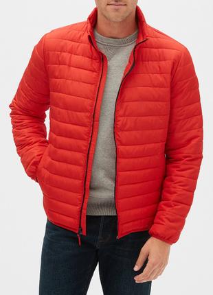 Яскрава куртка gap lightweight puffer jacket - l