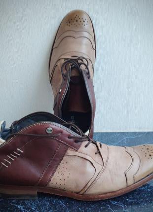 Новые мужские ботинки голландского бренда Rehab
