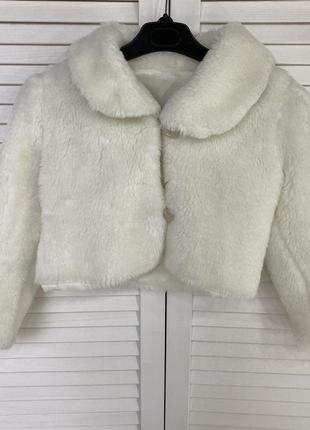 Детская укороченная шубка белая теплая меховая нарядная 4 3 5