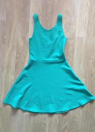 Платье H&M зеленое размер XS