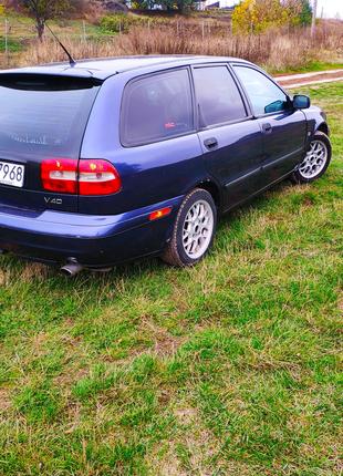 Вольво V40 , Volvo ,2002 , не Фольксваген, не опель