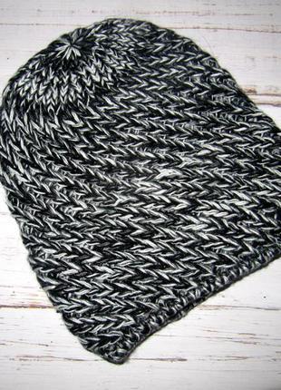 Женская шапка трехнить черный-серый-белый на флисе