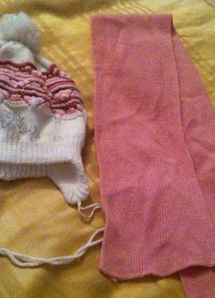 Теплая шапка и шарф для девочки