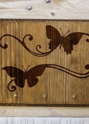 "Настенная ключница ""Бабочки"" 04 из дерева"