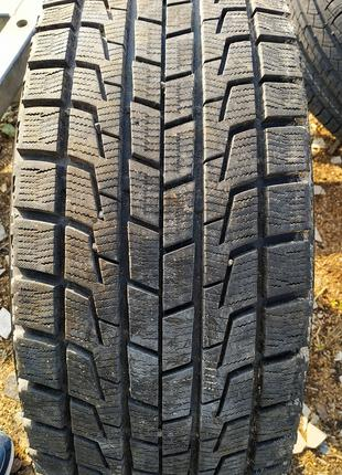 Зимняя резина Bridgestone Blizzak Revo 1 225/55 R18 б/у