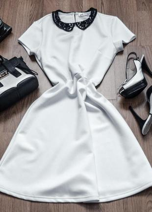 Платье с воротником короткий рукав белое до колена gloria jeans