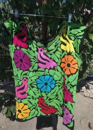 Вышитая красивая яркая неповторимая блуза