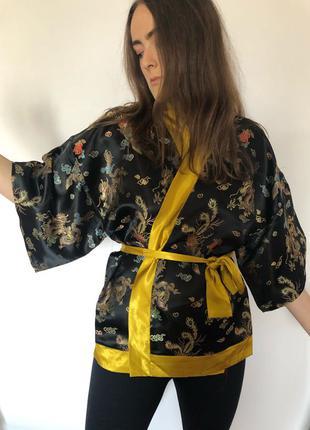 Продам тунику-кимоно из парчи