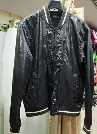 Куртка осень benetton