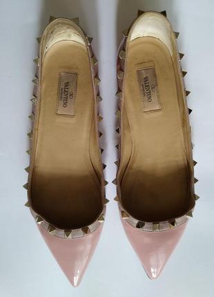 Кожаные лаковые туфли балетки валентино