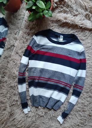 Полосатый свитер в рубчик лонгслив