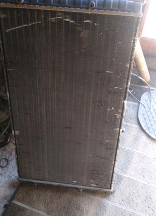 Радиатор охлаждения Пассат Б4 1.9