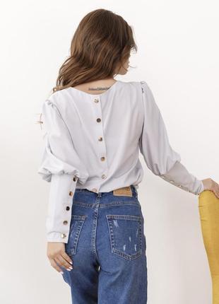 Блуза с рукавами бафами