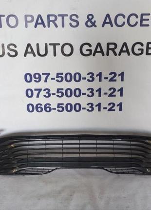 SE LE Toyota Camry 70 ( с 2018 - ) - Решетка радиатора Grille ...