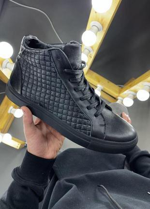 Шикарные мужские ботинки из кожи черного цвета