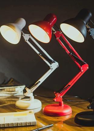 Настольная лампа на струбцине Luxurv MT
