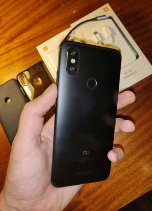 Xiaomi Mi A2 4/64Gb Global. В хорошем состоянии.