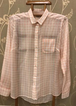 Очень красивая и стильная брендовая блузка в клетку.