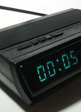 Часы Электроника-25 с радиоприемником и будильником 80-е годы ...