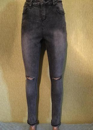 Джинсы скини с разрезами на коленях new look 10 размер