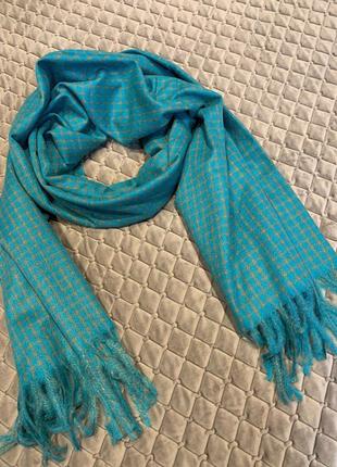 Мягкий и теплый кашемировый шарф