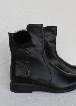 Зимние кожаные ботинки 39 размера с мехом норки