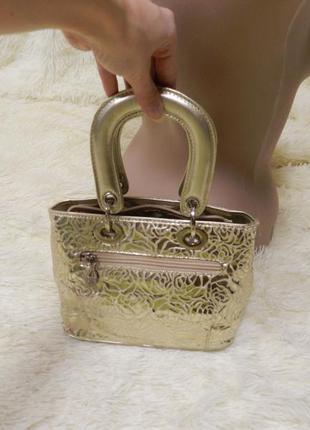 Мини сумочка цвет золото