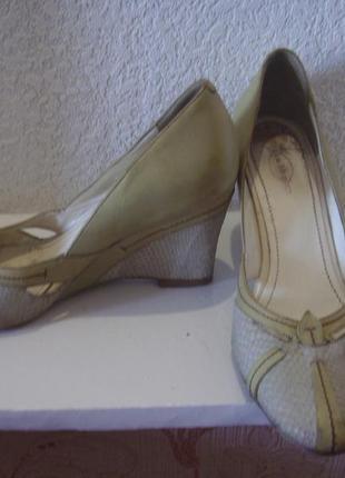 Натуральная кожа туфли цвета олива и серый змея.на 37 размер v...