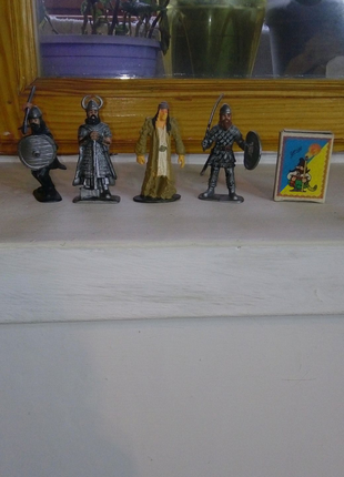 Игрушки викинги
