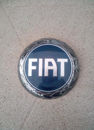 Эмблема (значок, логотип) Fiat