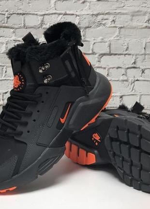 Зимние кроссовки nike air huarache black orange