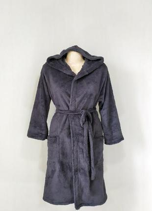 Мужской махровый халат с капюшоном и карманами на запах