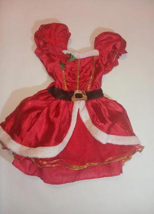Платье красное новогоднее с пышной юбкой