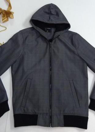 Качественная куртка размер s-м