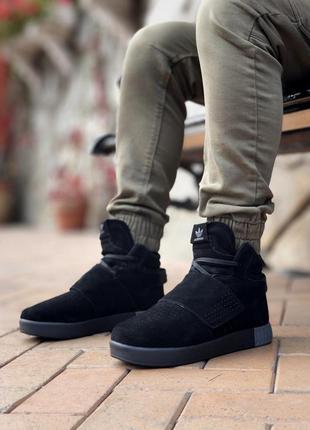 Зимние кроссовки adidas tubular