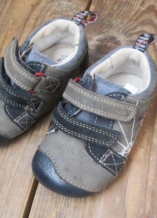 Туфли ботиночки ботинки clarks first shoes размер 4 h (20), ст...