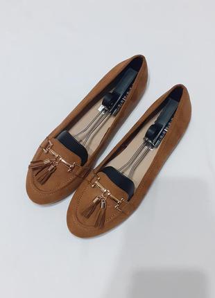 Туфли, лоферы, мокасины