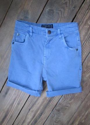 Стильные голубые джинсовые шорты next на 6-7 лет, состояние ид...
