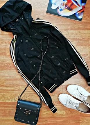Женская спортивная куртка - ветровка adidas - размер 44