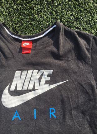 Футболка Nike ( не adidas , puma , Reebok, TNF )