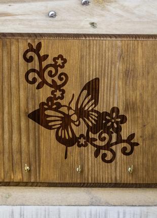"Настенная ключница ""Бабочка"" 06 из дерева"