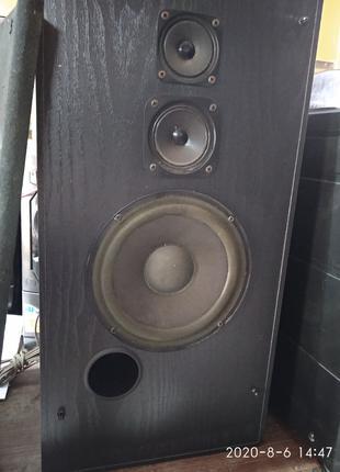 Шикарный музыкальный центр 90х годов. Вертушка, кассеты, радио,CD