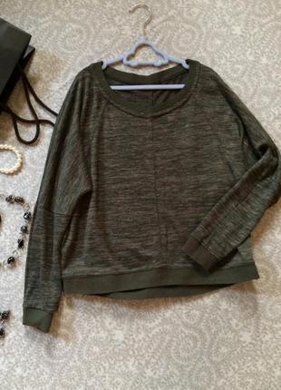 Джемпер темно-зеленый размер м