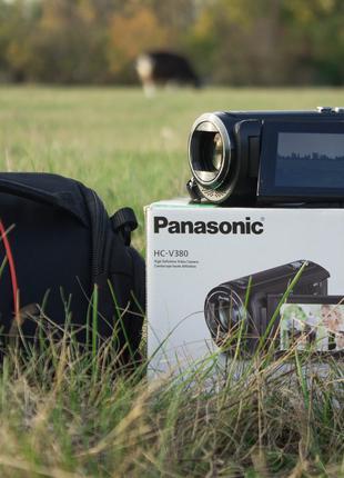 Видеокамера Panasonic V380+ Сумка