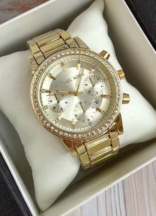Cтильные женские наручные часы