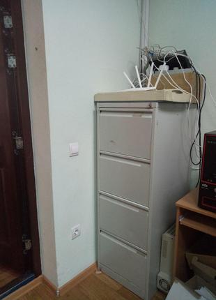 Шкаф для документов, архиватор