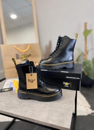 Ботинки женские шнуровка